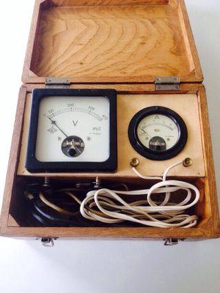 Amperimetro/Voltimetro antiguo