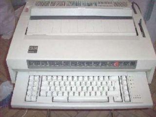 Maquina de escribir Ibm con tres cintas