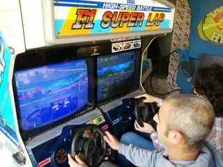 F1 Superlap recreativa arcade sega
