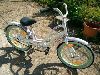 Bicicleta marca electra d niña