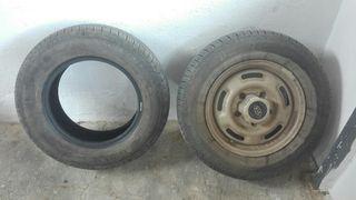 hola vendo ruedas para Coche 4x4 esta nueva