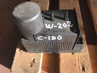Bomba cierre c180 w202