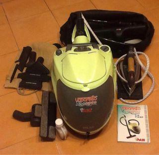 Limpiador a vapor, aspirador y plancha