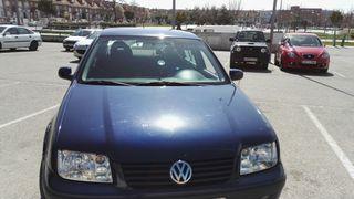 Volkswagen Bora 2000