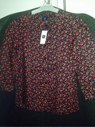 Camisa nueva GAP niña t/8 solo 22 euros
