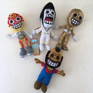 4 Muñecos calaveritas nuevos