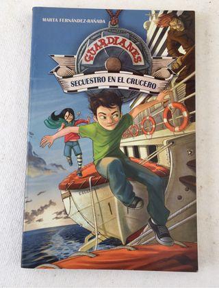"""Libro """"Secuestro en el crucero"""