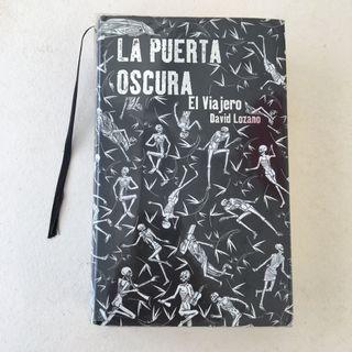"""Libro """"La puerta oscura"""""""