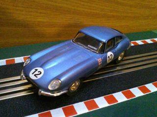 Coche de Scalextric Jaguar E