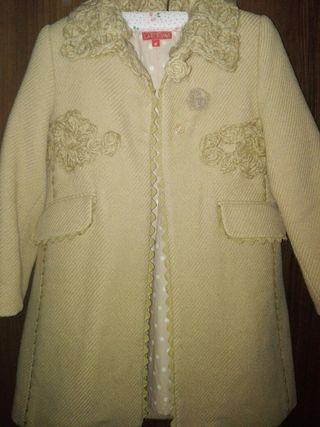 LARRANA, t6, abrigo niña.