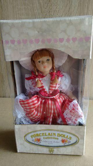 muñecas casa de muñecas
