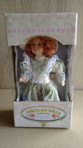 muñecas para casa de muñecas