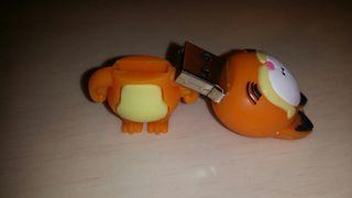 USB NUEVO 16GB