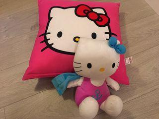 Cojín y muñeca Hello Kitty originales niña
