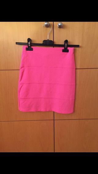 Falda rosa flúor elástica