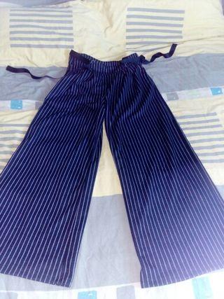 pantalon ancho, tela gruesa