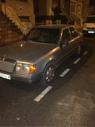 Mercedes-Benz 300D 1987