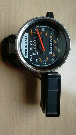reloj cuentakilometros hyosung