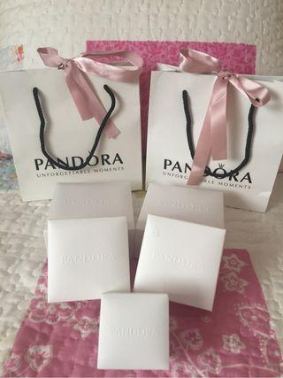Bolsa, bolsita y caja Pandora