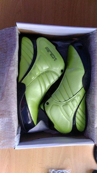 zapatillas balncesto AND1