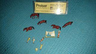 Miniaturas Ibertren, figuras, maquetas.