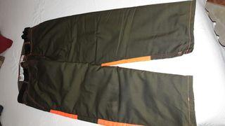 Pantalon anticorte motoserrista