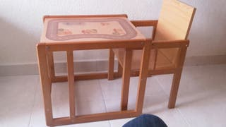 trona + mesa.