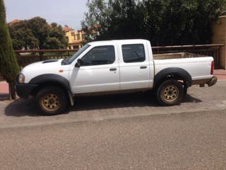 Nissan pick up Np300 2010 4x4