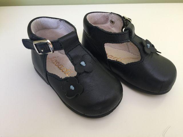 88578e47c71 Zapatos niña talla 18 de segunda mano por 3 € en Colonia Covibar en ...
