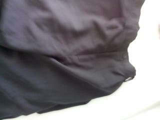 2 pantalones son negros talla G talla 50 -52