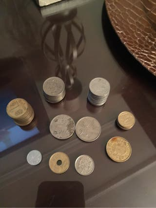 Monedas antiguas de peseta escucho ofertas
