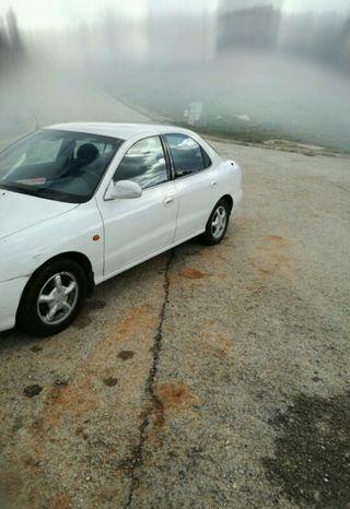 Hyundai Lantra 2000