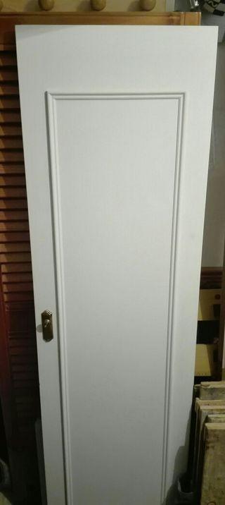 Puertas de madera antiguas de segunda mano en sevilla en for Puertas de paso segunda mano