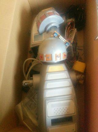 Robot monty microbotica