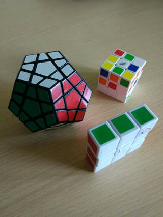 Cubos de Rubik Varios