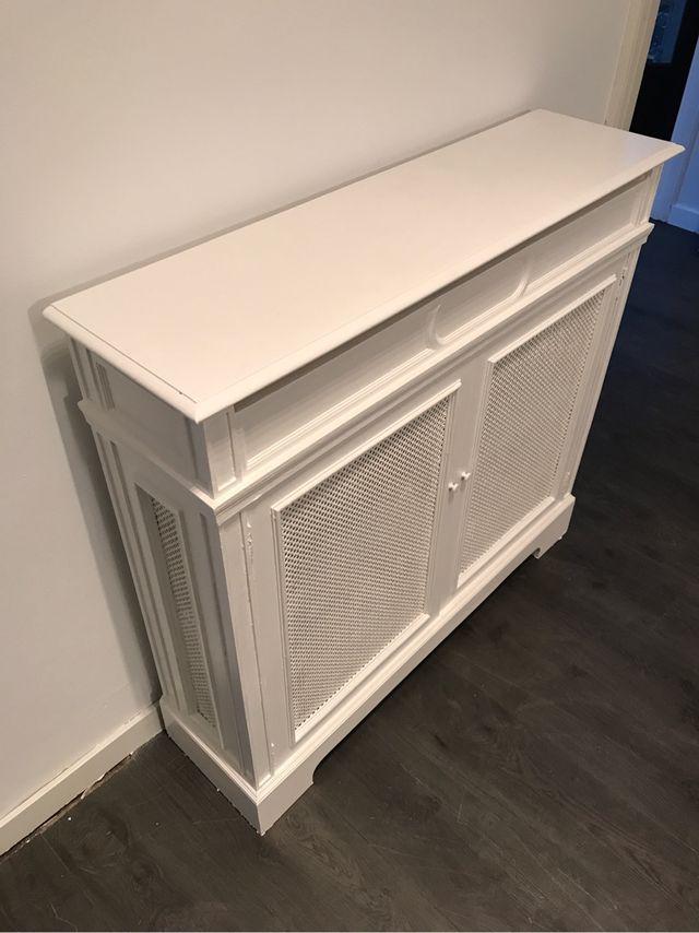 2 Muebles cubre radiador