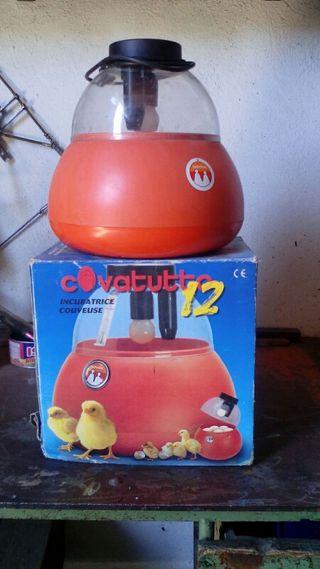 incubadora manual novital