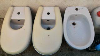 bides y lavabos