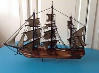 Maqueta barco antiguedad