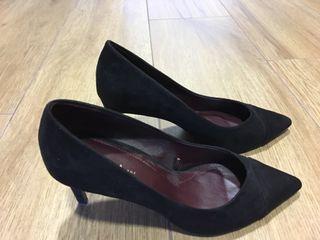 Zapatos negros tacon zara 39