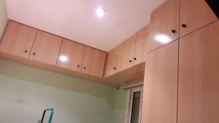 almacenaje superior y armario