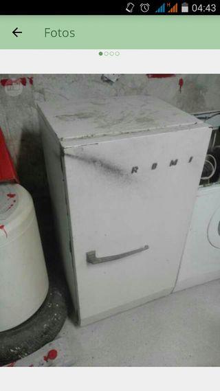 frigorifico antiguo de hielo