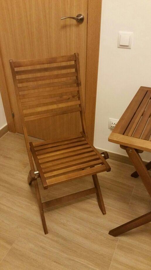 Conjunto mesa y sillas plegables de terraza
