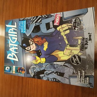 BATGIRL Nuevo Universo DC