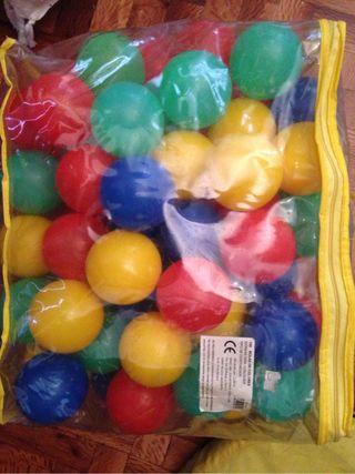 Tienda de campaña + bolas
