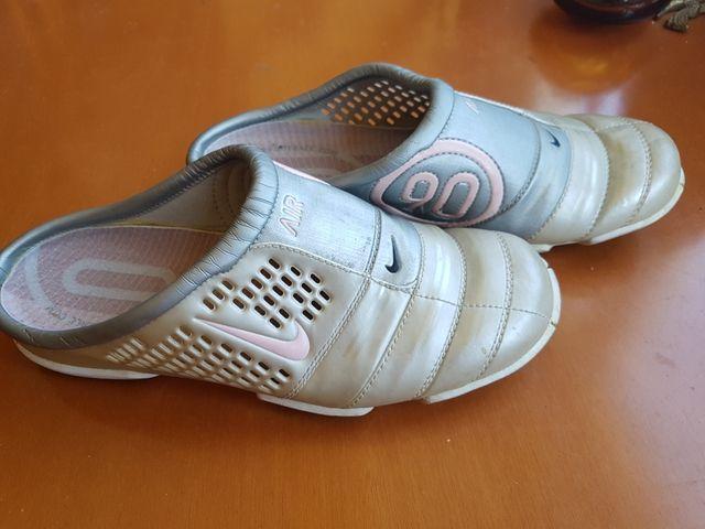 nuevo producto f5d82 cd8ac Zuecos chica Nike total 90 n°36 de segunda mano por 15 € en ...