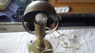 lámpara vintage años 20.