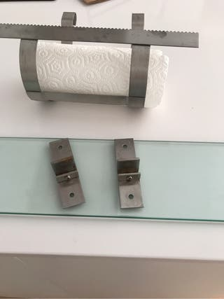 Balda cristal portarrollo IKEA