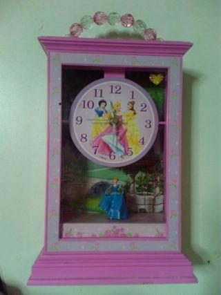 Reloj princesas disney