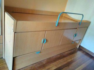 Cama nido con armarios. Urge venta.